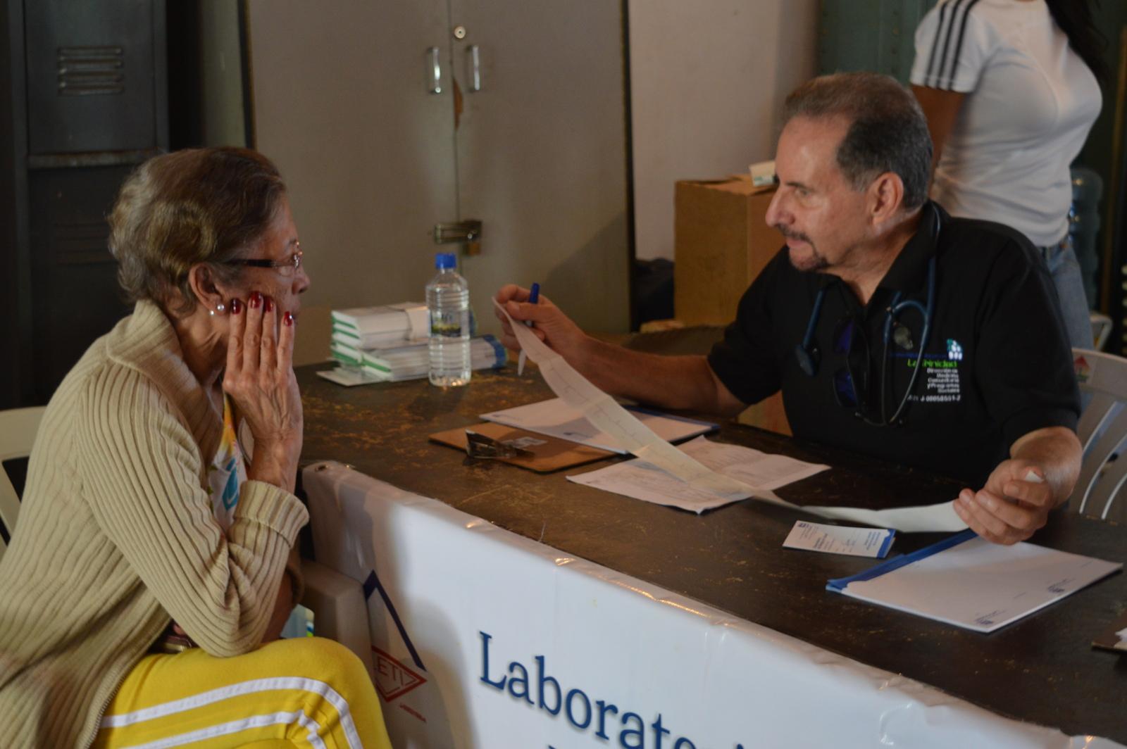 Jornada de atención médica en El Hatillo por el Día Mundial del Corazón – Dr. Roberto López Nouel, cardiólogo del CMDLT y director de Medicina Comunitaria y Programas Sociales