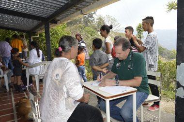 Jornada de atención médica en zona rural del municipio El Hatillo, sector La Mata